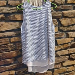 Size L Maxim sleeveless blue and white top